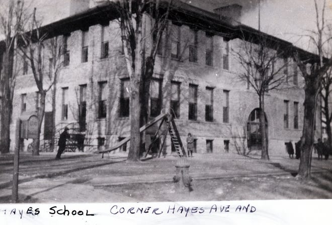 Hayes School stood in Fremont from 1908 to 1952.