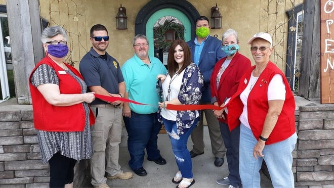 """The Mountain Home Area Chamber of Commerce recently held a ribbon cutting for Curvy Couture, located at 8 East First Street in Mountain Home. Owner Laiken Stafford says the boutique carries """"trendy ladies fashions that accentuate the curves God gave us"""". They also carry makeup and skin care through Farmasi and accessories. Visit their Facebook group or call (870) 421-0361 for more information."""