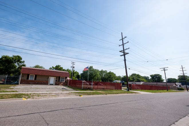 Richard Zimmer, a Canadian citizen, is in the process of buying the building at 1819 Bancroft St. in Port Huron and plans to open a truck sales and broker facility there.