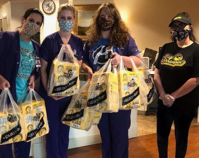Golden Chick celebrates Thank You Thursday this week by focusing on the efforts of first responders, delivering meals to area hospitals in Wichita Falls and Graham, in Texas, and Sulphur, Okla.