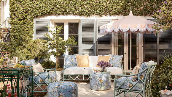 Find some luxurious patio collections at One Kings Lane.