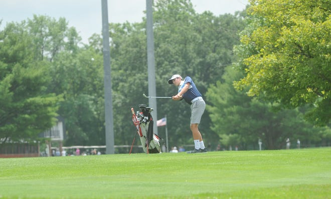 Galion's Nathan McMullen lofts one onto the 7th green in the HOJGA event at Kings Mill Golf Course.