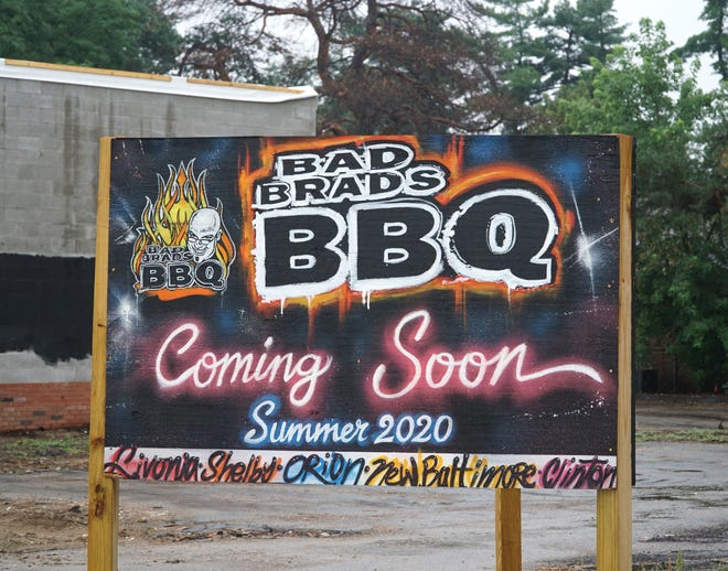 Bad Brad's BBQ is coming to this location at 23000 Farmington in Livonia.