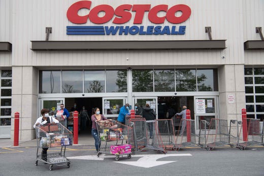 Costco requires shoppers to wear masks