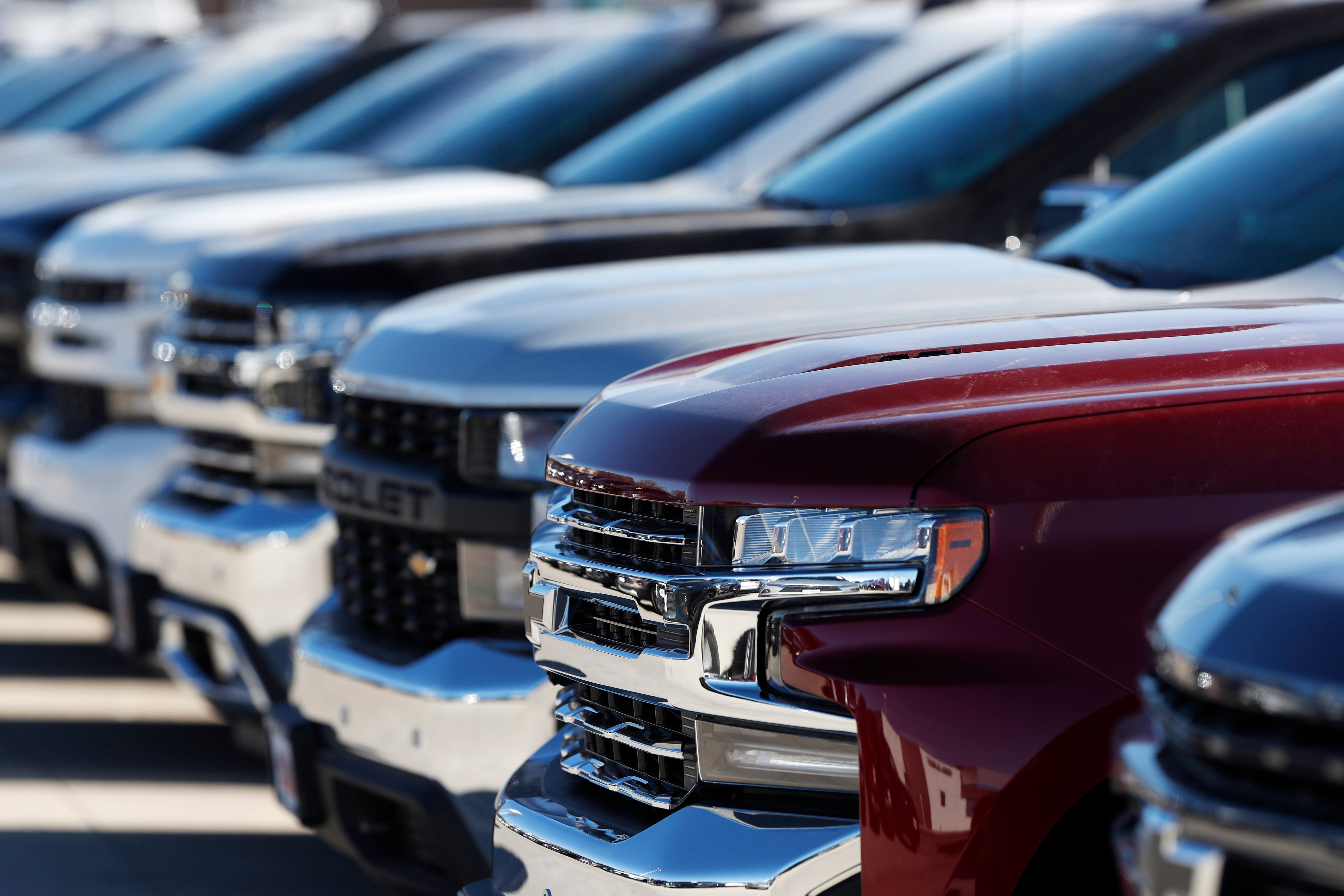 Auto Dealers In States With New Virus Outbreaks Have A Bigger Problem Low Inventory