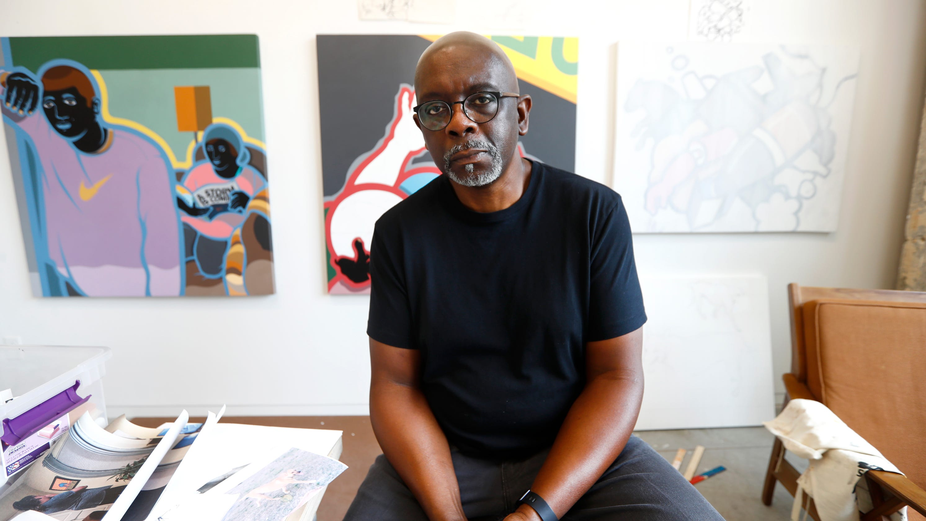 Memphis painter Carl Moore gives people 'something to talk about'