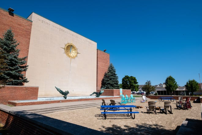 Since July, McMorran Plaza has featured a beach-like setting to prepare the site for use as a common area in the city's social district, but plans have been underway to rehabilitate the plaza overall with donations and grants for two years.
