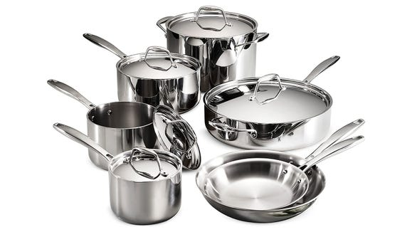 This is one of our favorite cookware sets, and you can get it for over 60% off right now.