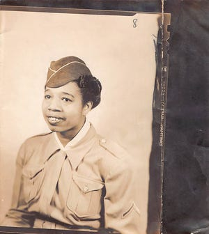Willie Mae Williams born in Archer, Florida, on October 23, 1912. In February 1943, Williams enlisted in the Women's Army Auxiliary Corps. She was one of the first black women from Hillsborough County to join the army. From 1943 to 1945, Williams worked as a hospital cook at Fort Bragg, North Carolina.