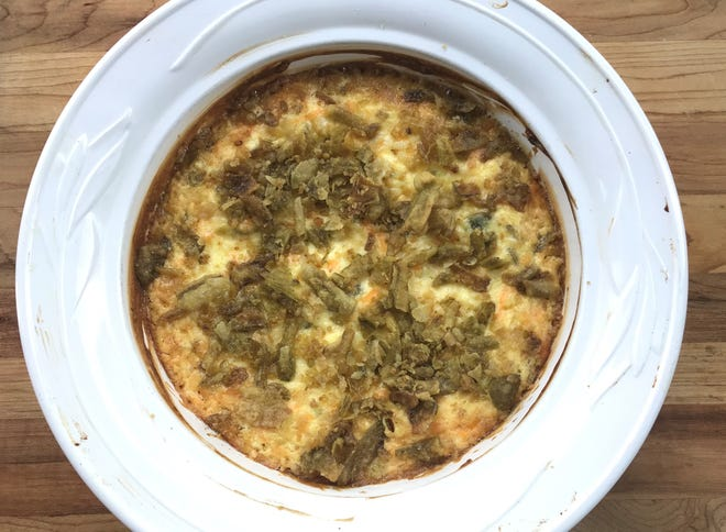 French's Crispy Jalapeno Popper Dip starts with base of cream and cheddar cheese but the overall jalapeno flavor and heat don't match most jalapeno poppers.