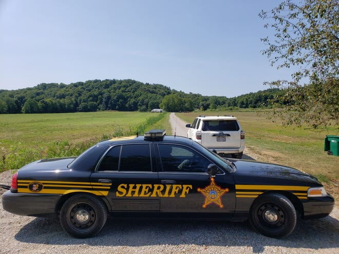 Federal officials arrested Ohio House Speaker Larry Householder and several others on Tuesday morning in connection with a $60 million bribery case. Deputies with the Perry County sheriffÕs office were on the scene of a farm belonging to Householder at 3825 Township Rd. 19 in Glenford, Ohio. [Christopher Crook/Zanesville Times Recorder]