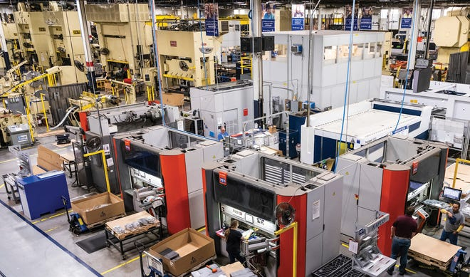 With four facilities and 500,000 square feet of manufacturing and warehousing space, Kapco currently ships over 120,000 made-to-order parts to 40 states, Canada and Mexico