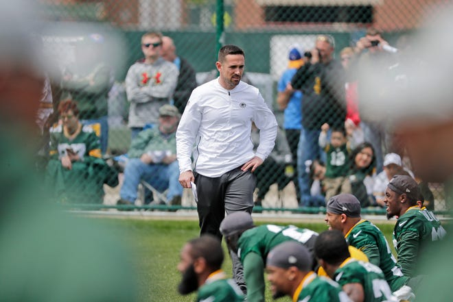 Matt LaFleur had hoped to get rookies to Lambeau Field on Tuesday, but now they're scheduled to report Thursday for coronavirus testing.