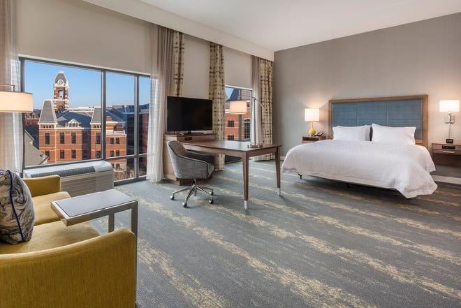 Hampton Inn Suites Newport guest room.
