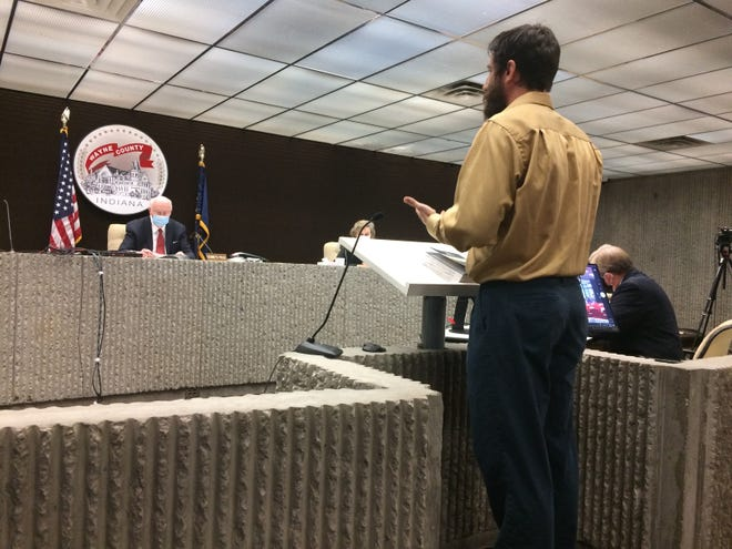 Brett Stewart speaks to the Wayne County Board of Commissioners against a face mask mandate Wednesday.