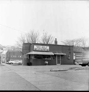 Ferrell Bros. diner at 219 N. Green St. as it appeared  Feb. 24, 1967. The local restaurant closed for the last time the afternoon of July 29, 1995, after doing business here since March 13, 1941, and becoming a local institution. The family-owned chain was founded about 1930 by a Baptist minister and once also had locations in Madisonville, Cadiz, Owensboro, Hopkinsville, Bowling Green and Clarksville, Tennessee. The only ones that remain open are in Cadiz, Hopkinsville and Madisonville.