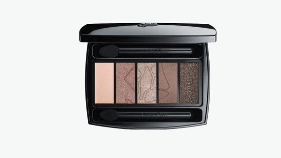 This palette comes in 12 different shades.