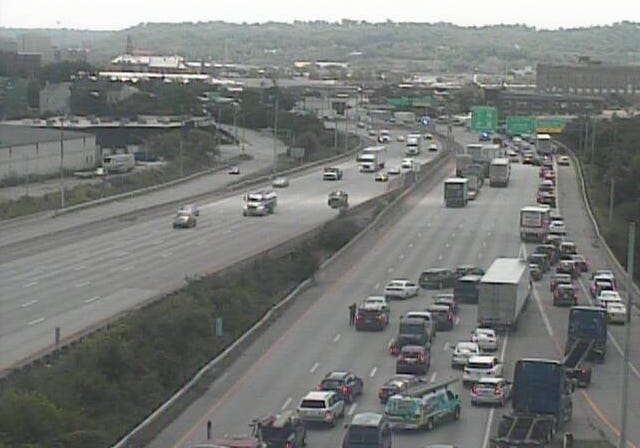 Southbound Interstate 75 is closed due to a serious crash, police said.