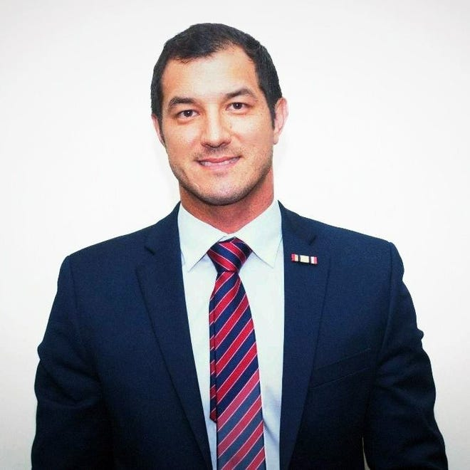 Mike Giallombardo is a Republican candidate for Florida State House District 77.