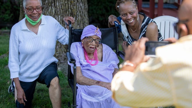 Indianapolis woman celebrated 112th birthday with drive-by party