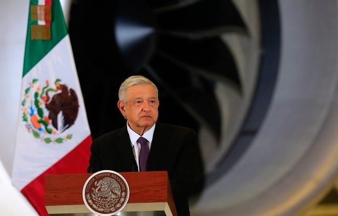 El presidente de México, Andrés Manuel López Obrador, participa en rueda de prensa matutina en las instalaciones de la Base Aérea número 19, antes Hangar Presidencial en la Ciudad de México.
