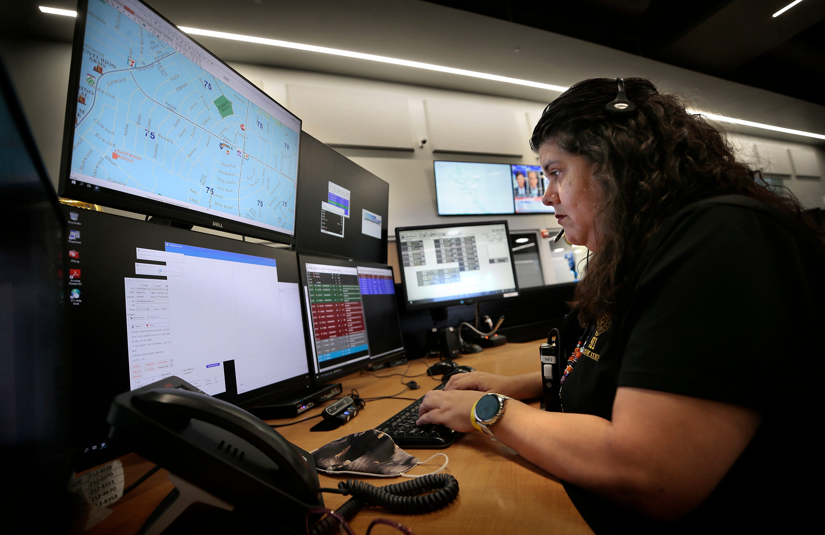 911 dispatcher Melissa Gamez was working the day of the Aug. 3 mass shooting at Walmart.