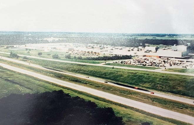 The Uniroyal Tire Plant upon opening in 1970.