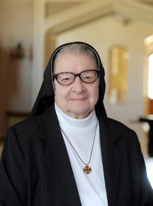 Sr. Mary Veronica (Cecilia) Sokolosky, former English professor at St. Gregory's University, died peacefully at St. Joseph Monastery on July 25, 2020.