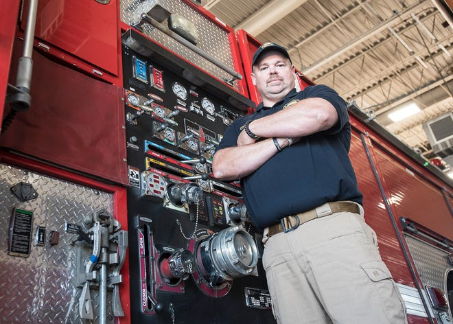 Aaron Knotts has been named the new Chillicothe Fire Department fire chief, replacing former chief Jeff Creed who was with the department 32 years.
