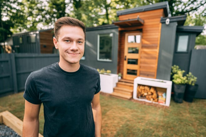Chillicothe native Levi Kelly is working with the Design channel on a new tv show focusing on tiny AirBnBs.