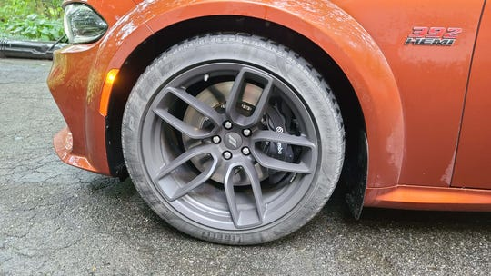 The big, 20-inch wheels on the 2020 Dodge Charger Scat Pack Plus.