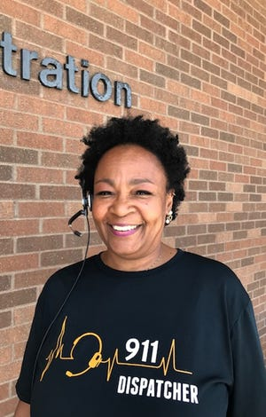 LeWanda Jefferson retired Wednesday from the City of Mansfield 911 Communications Center after 31 years. Lou Whitmire/News Journal