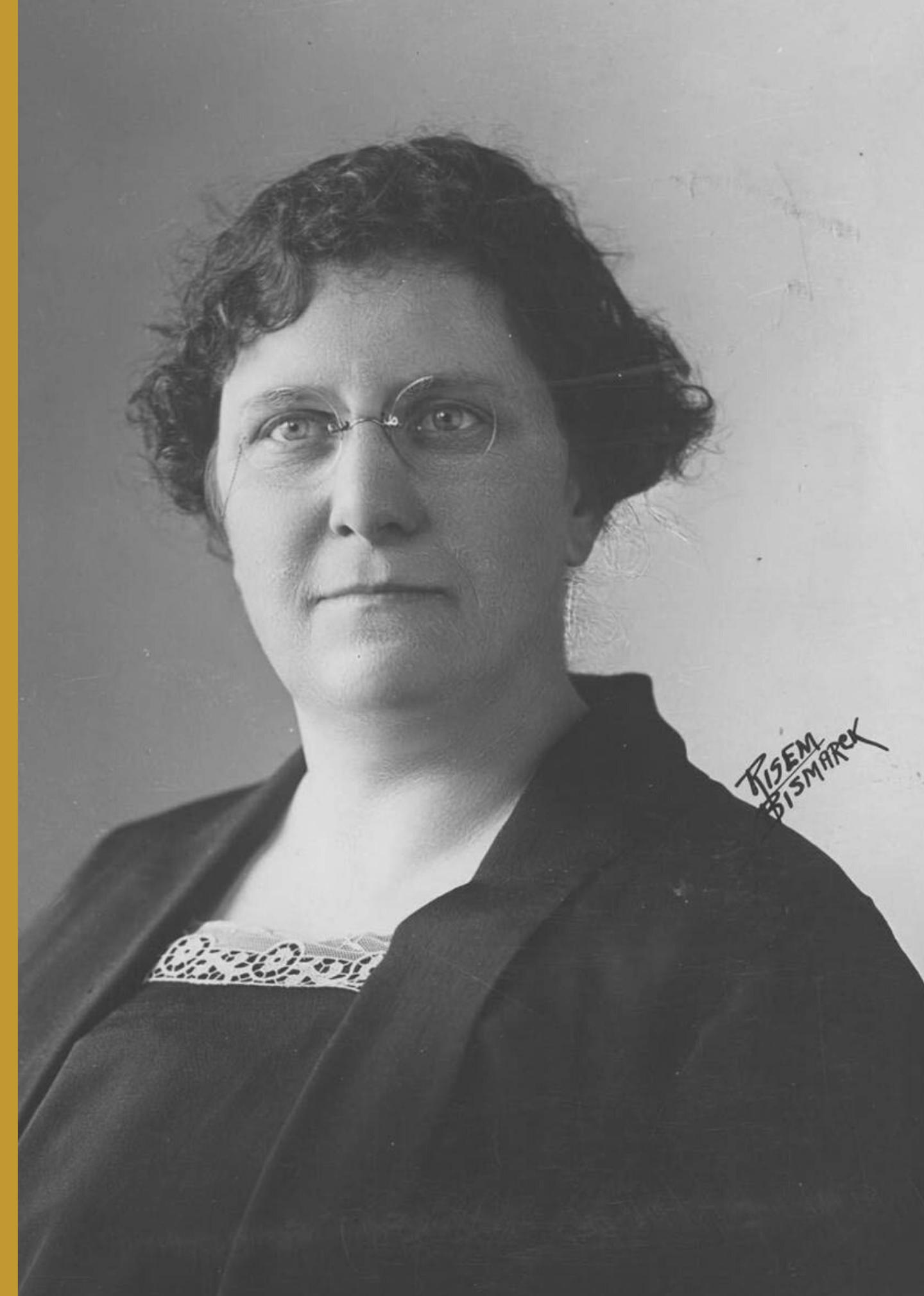 Minnie Craig (Nov. 4, 1883 - July 2, 1966)