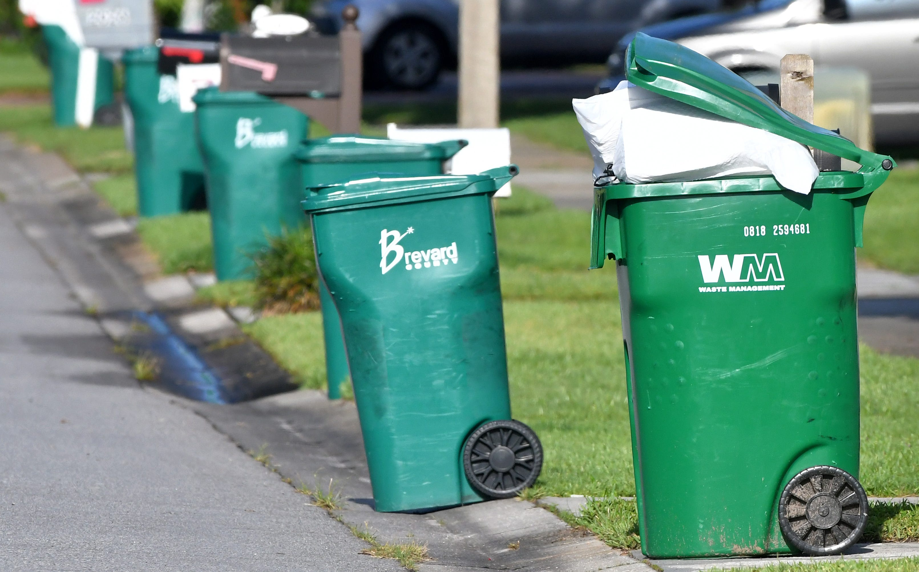 Brevard Trash Collection After Christmas 2020 Waste Management faces county fines for missing trash pickups