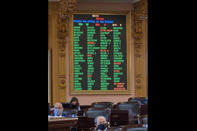 The tally of the official 91-0 vote to remove Republican Larry Householder as speaker of the Ohio House.