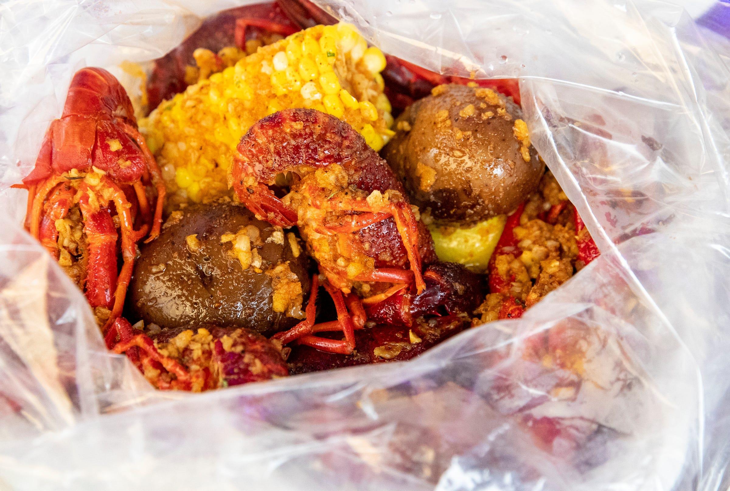 China King In Indianapolis Adds Cajun Food To Menu