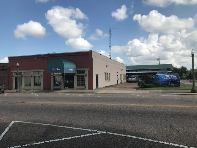 The parking lot at 101.5 WNWS-FM will be the site of the Koins for Kids donation fundraiser for Rusty Mac's Adopt-A-Teen Christmas fund on Friday from 9 a.m. until 6 p.m. at the corner of Lafayette Street and Shannon Street in Downtown Jackson.