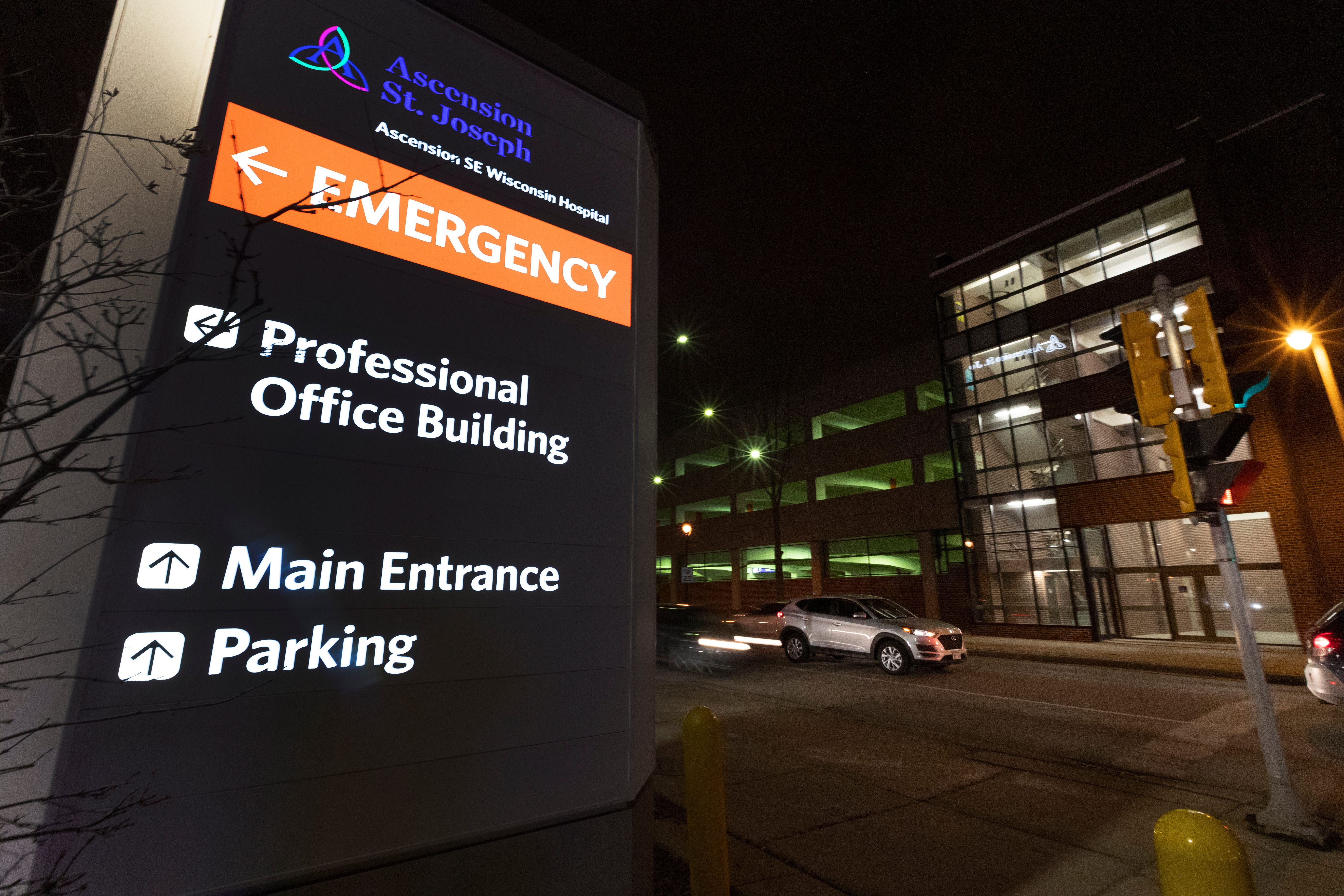 The parking ramp for Ascension SE Wisconsin Hospital - St. Joseph Campus is shown Tuesday, February 25, 2020 in Milwaukee, Wis. The Milwaukee Journal Sentinel enlisted the aid of an architectural security consultant to evaluate parking ramps at five Milwaukee hospitals.MARK HOFFMAN/MILWAUKEE JOURNAL SENTINEL