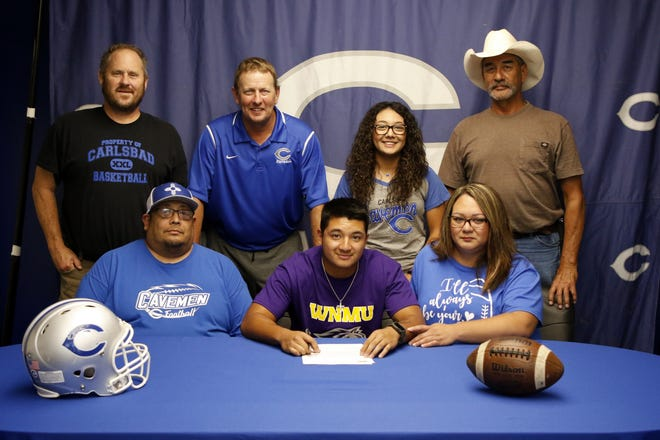 Carlsbad's Nate Najar signs with Western New Mexico University. Najar led the Cavemen with 1,011 yards and 15 touchdowns in 2019.