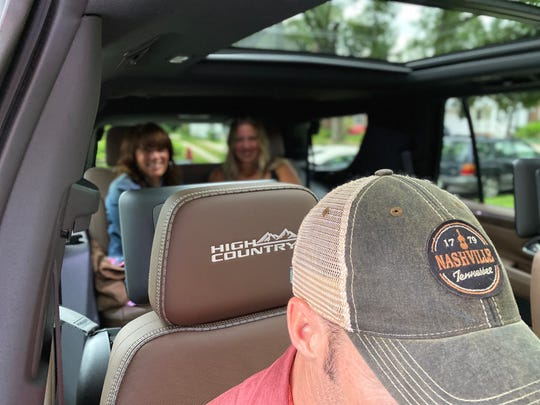 The Chevrolet Tahoe 2021 has much more passenger space than the old model and is available with a panoramic sunshade.