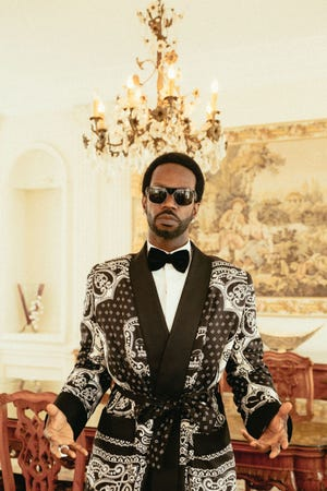 """Juicy J will release """"The Hustle Continues"""" in October."""