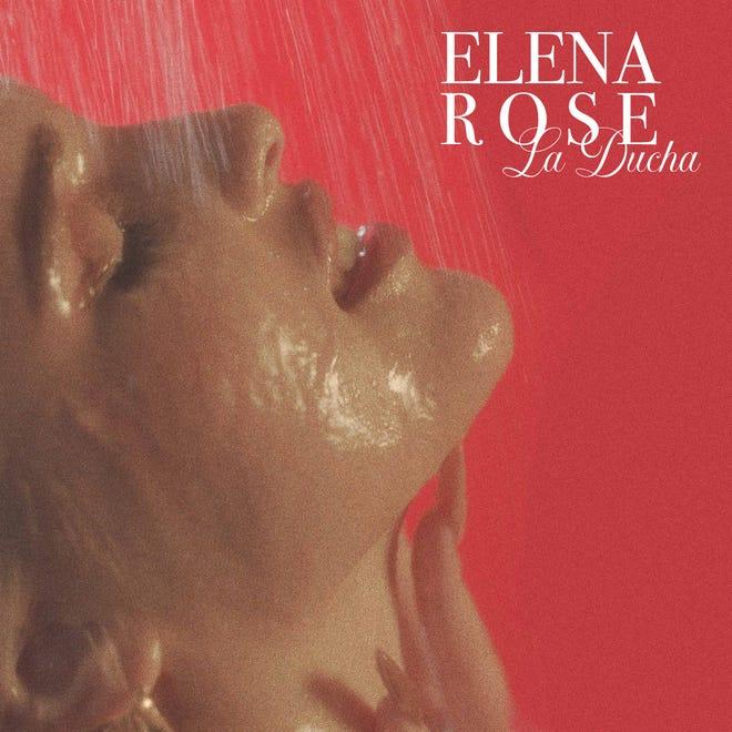 """Elena está muy orgullosa de mostrar sus sentimientos e inquietudes a través de sus temas como su sencillo """"La Ducha""""."""