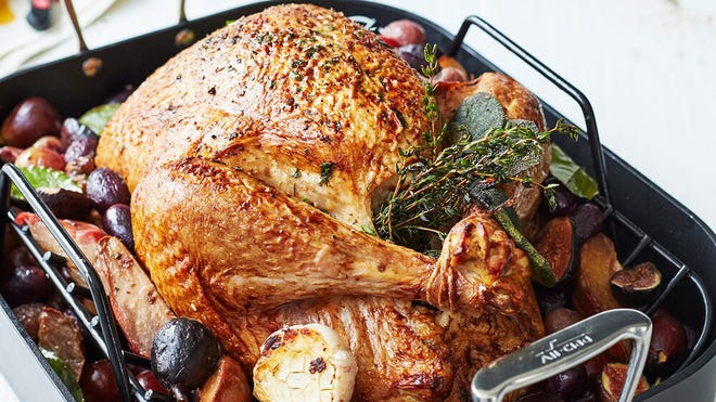 Find out how to save on popular roasting pans from All-Clad.