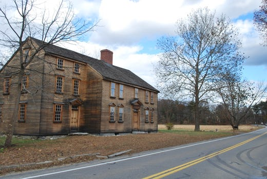 """<a href=""""https://www.nps.gov/mima/index.htm""""><strong>Minute Man National Historical Park</strong></a> &bull; Lexington and Concord, Massachusetts &bull; Site of the first battle in the Revolutionary War."""