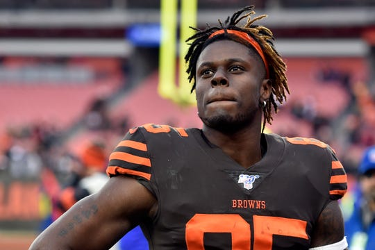The Cleveland Browns had no intention of trading tight end David Njoku.