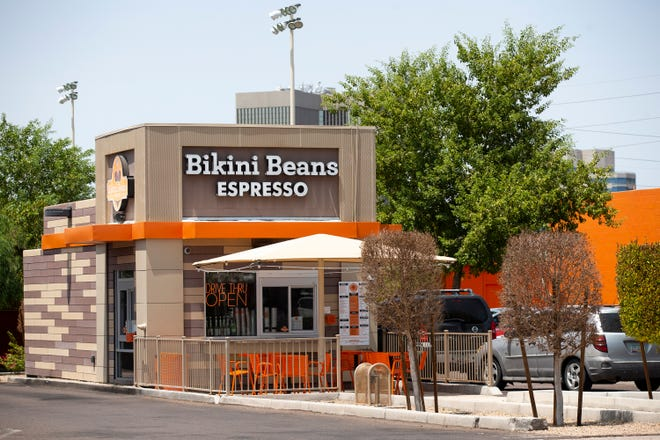 157bdc52 d367 4527 ba13 39930b7423e9 cent02 7bqck8bj9dx725gvhle original This Arizona coffee chain is being sued for allegedly failing to pay employees properly 8211 AZCentral