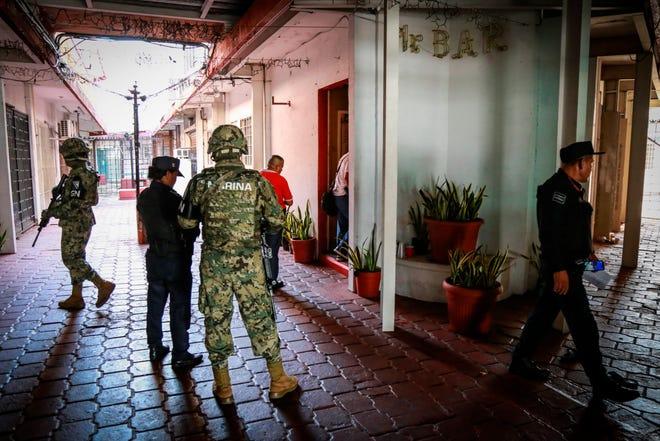 Integrantes de las fuerzas de seguridad del estado de Guerrero.