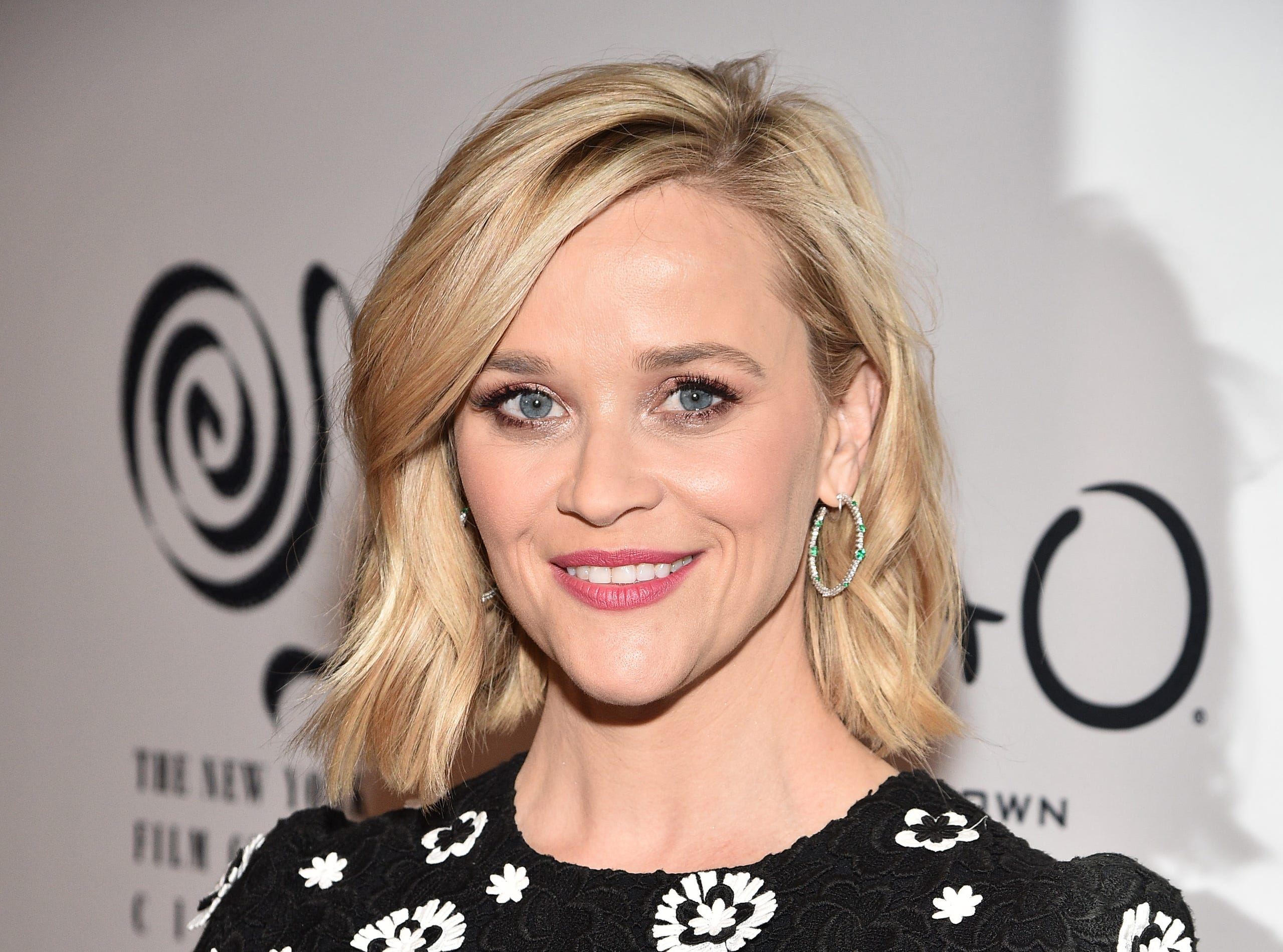 Reese Witherspoon Book Club Hello Sunshine Book Picks