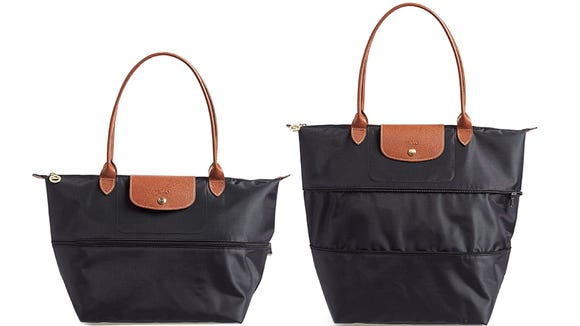 This Longchamp can expand to a larger size to suit your needs.