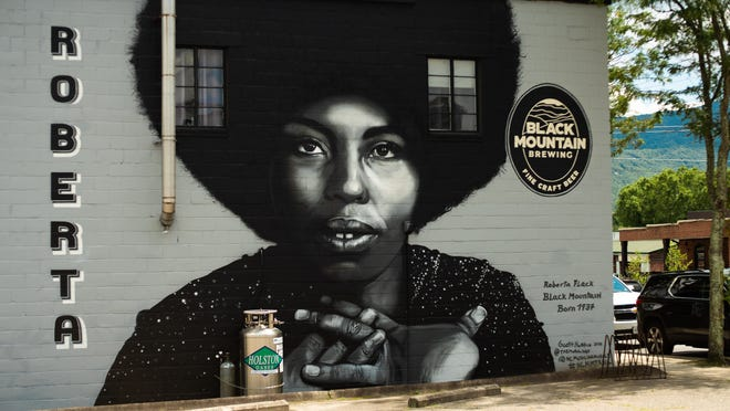 Born in Black Mountain in 1937, Roberta Flack became the first solo artist to win the Grammy Award for Record of the Year in consecutive years.